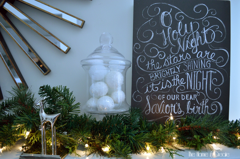 Christmas chalkboard | thehomeicreate.com
