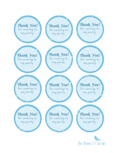 Free Frozen Birthday Party Favor Tags thehomeicreate.com