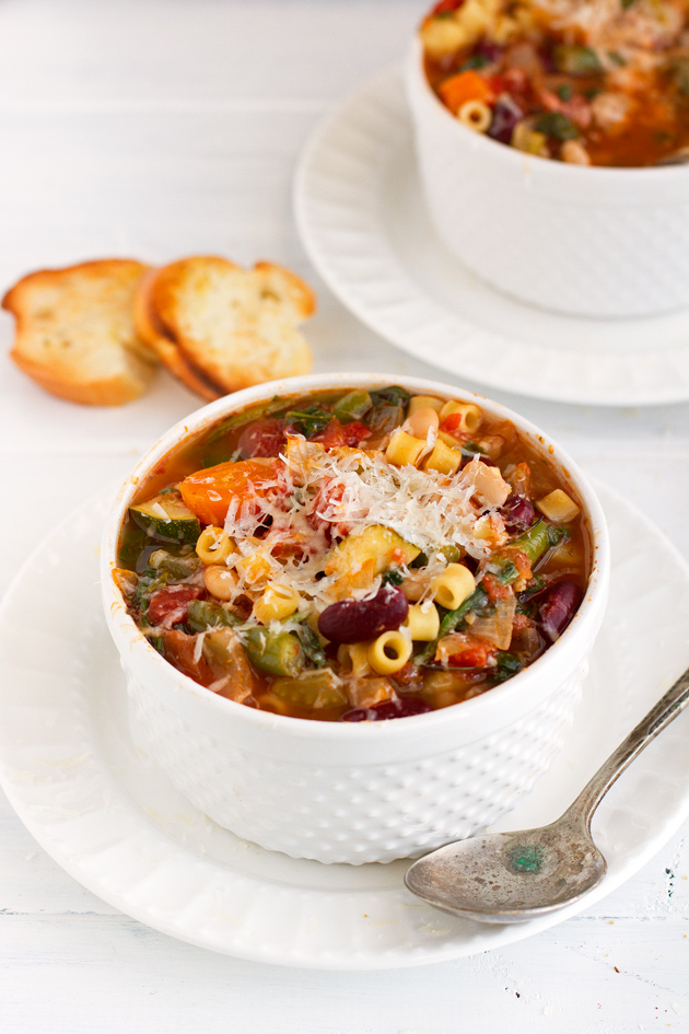 Homemade-Minestrone-Soup-Slow-Cooker-6