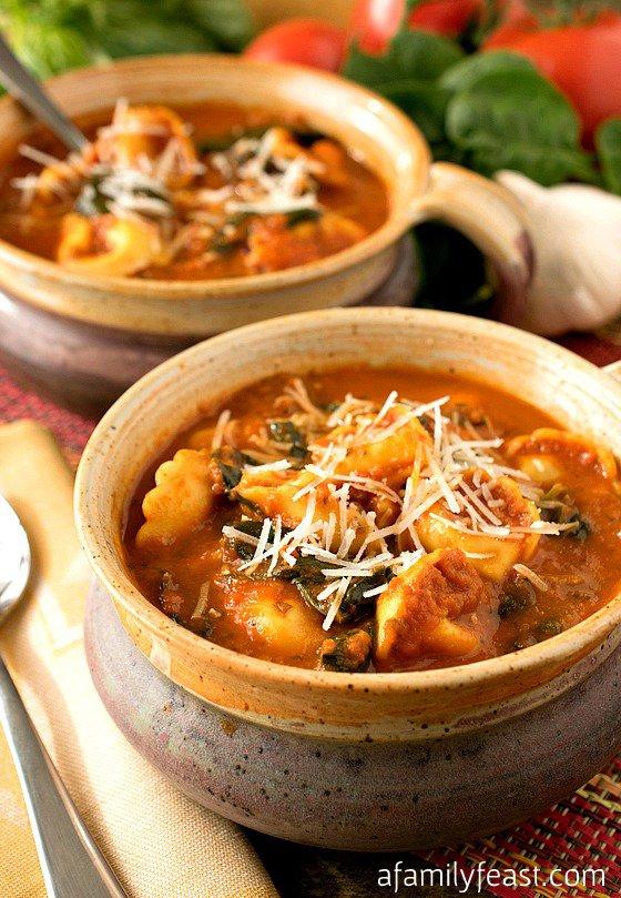 tomato-tortellini-soup