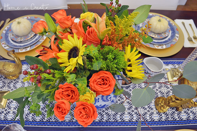 THiC-Blue-and-White-Tablescape5