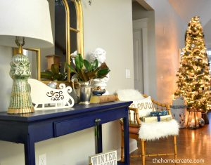 Christmas House Tour - Beautiful and inexpensive Christmas decor. Plus how to DIY table centerpiece. thehomeicreate.com | Instagram: thehomeicreate
