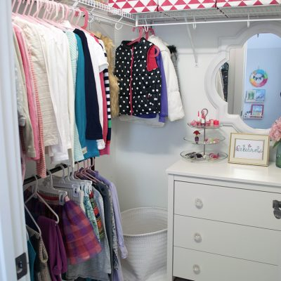 Easy Kids Closet Organization
