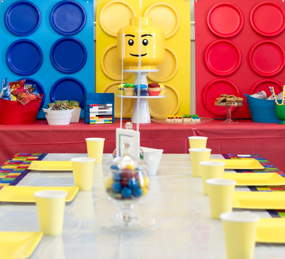 A Totally Awesome and Easy Lego Birthday Party!