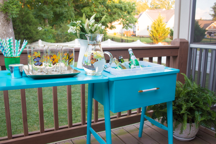 Sewing table turned drink station | thehomeicreate.com