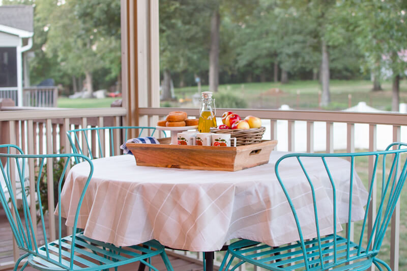 fall-porch-table