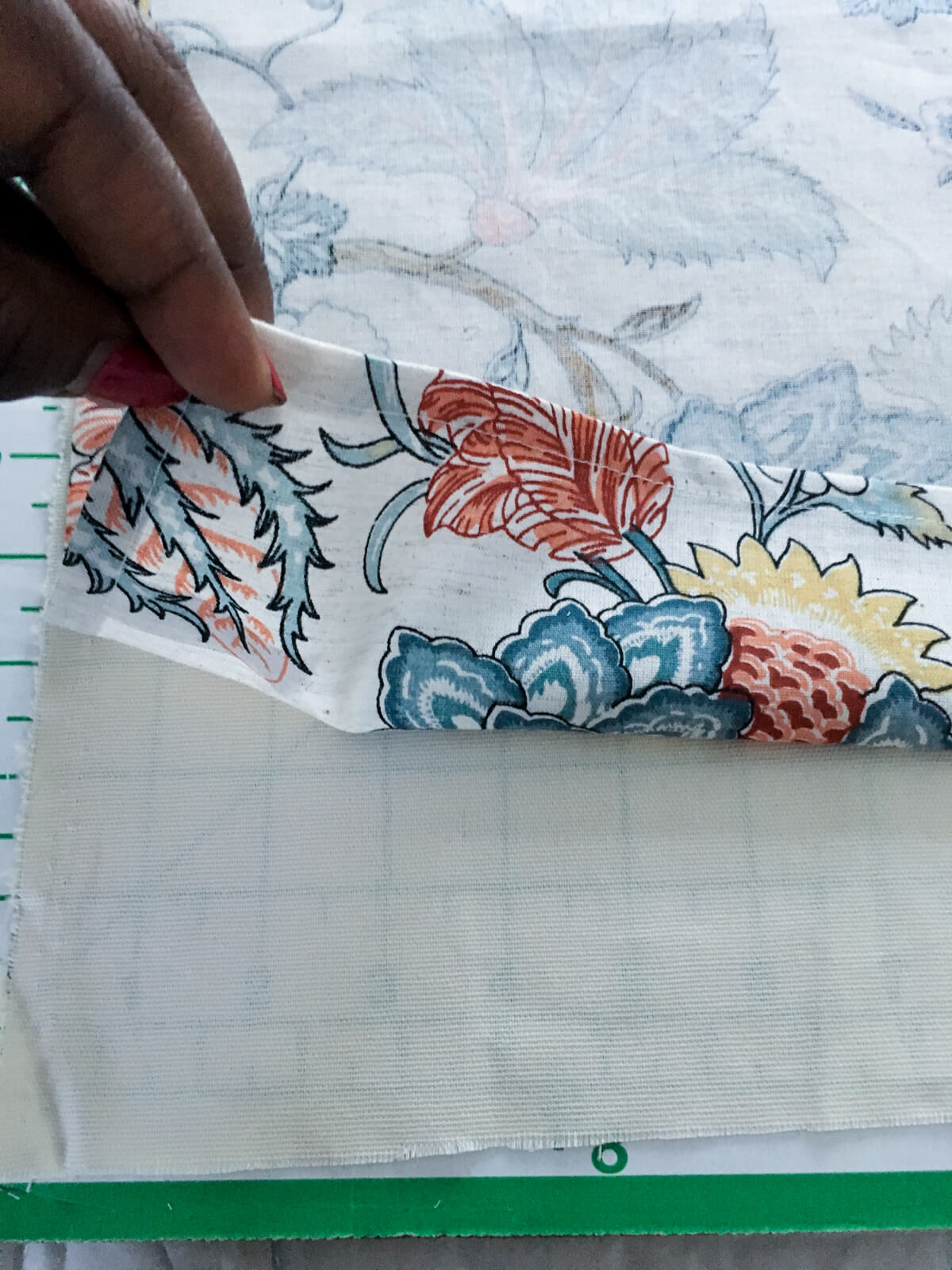 easy-diy-throw-pillow-covers-using-napkins-9-2