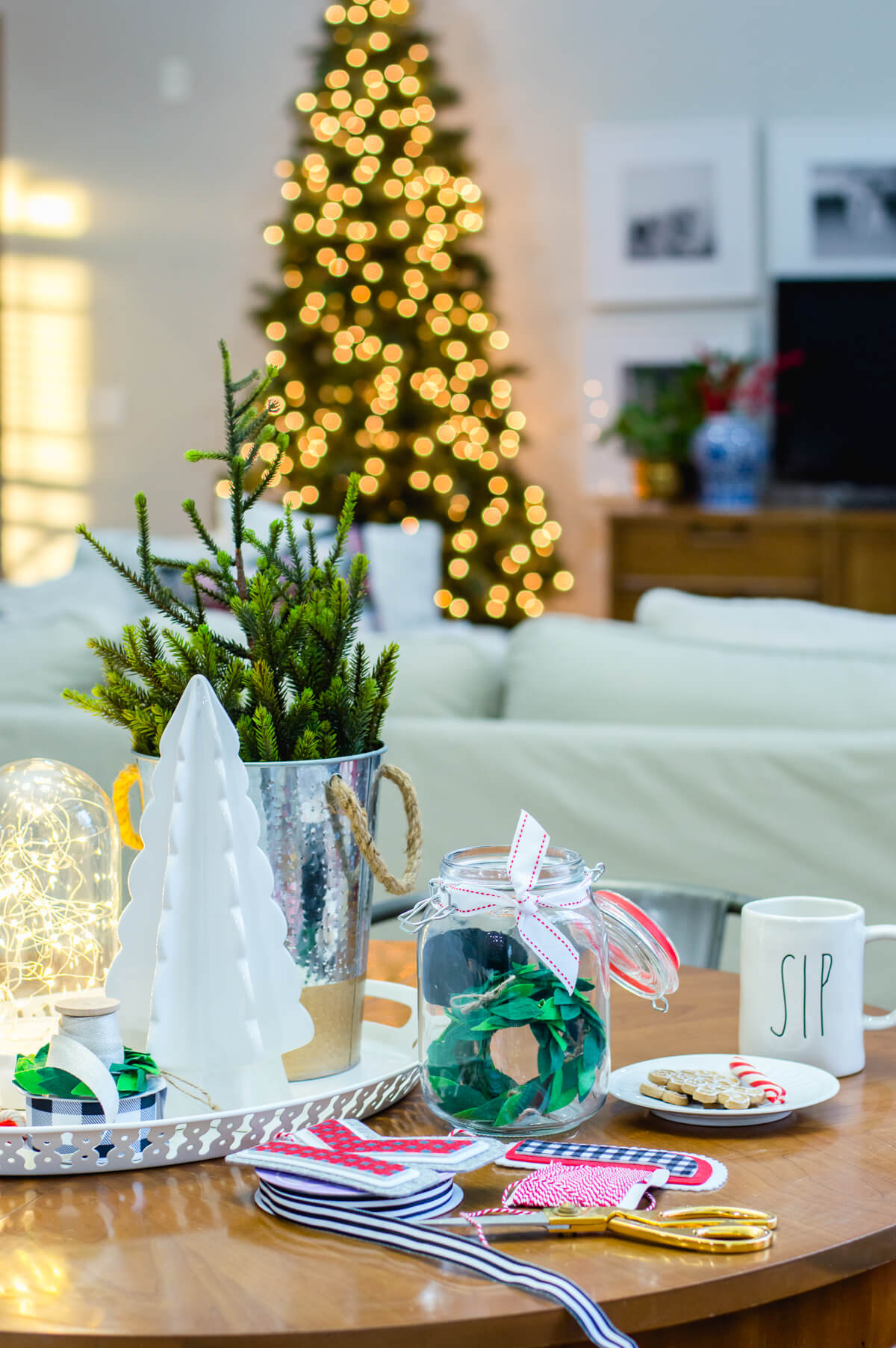 holiday-decor-in-the-kitchen-2