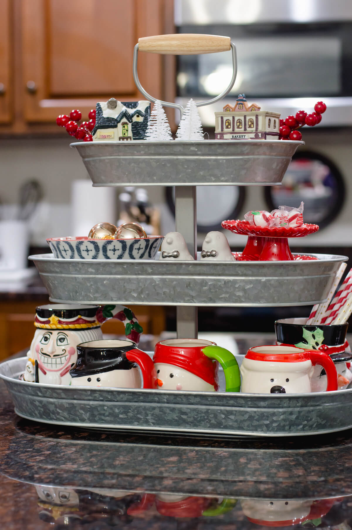 kitchen-christmas-decor