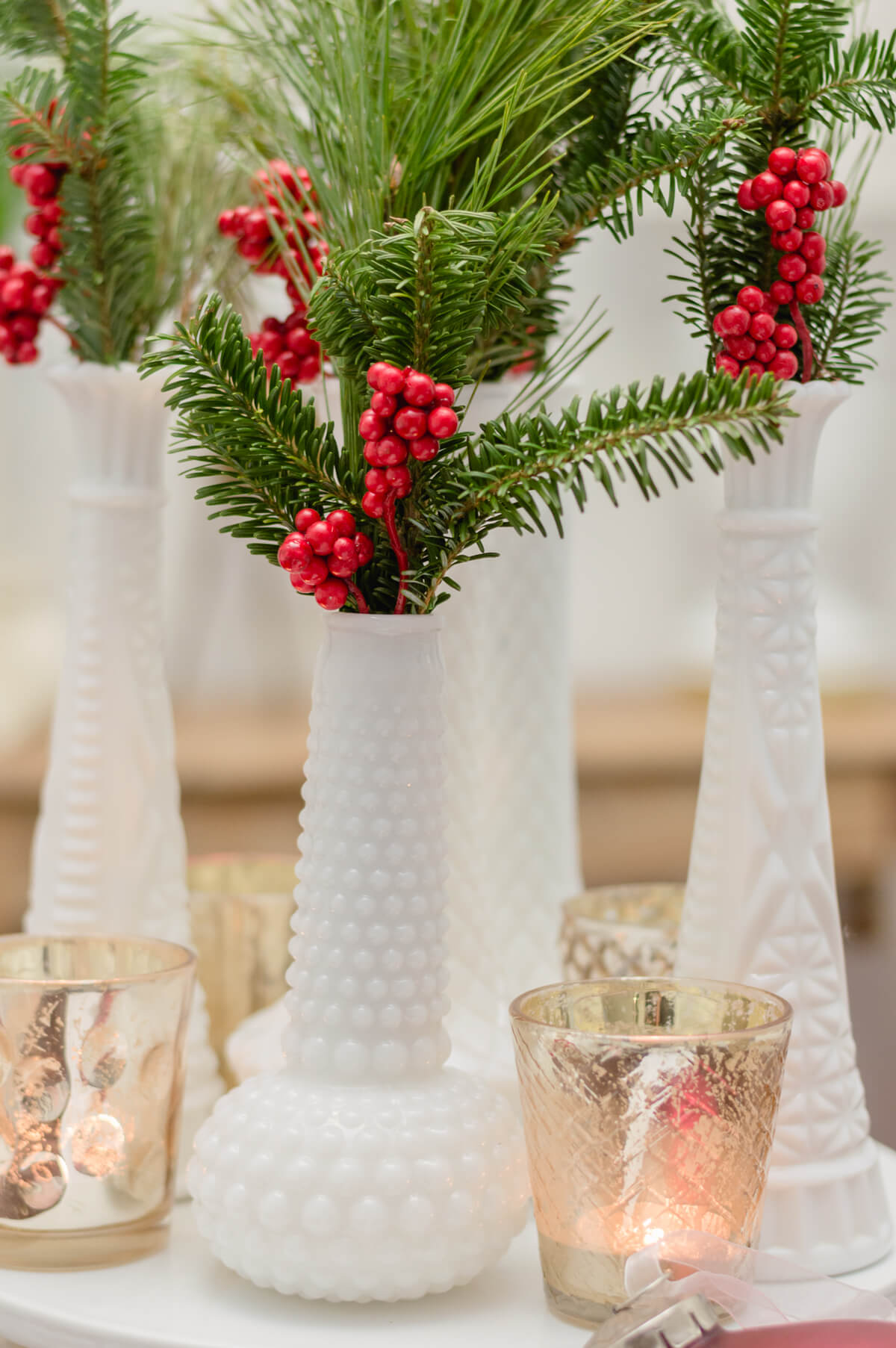milk-glass-christmas-centerpiece
