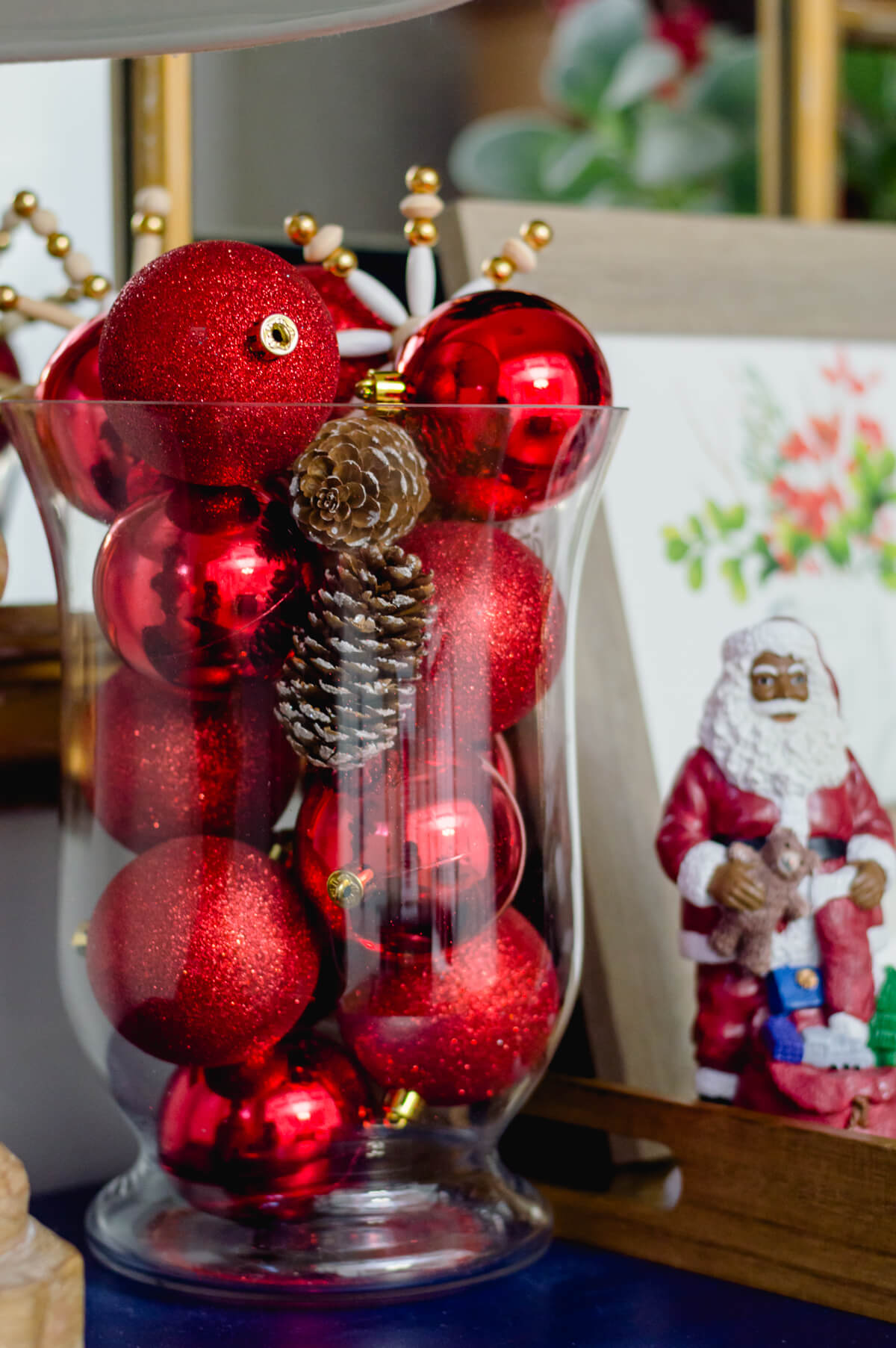 Easy Christmas Decorating Ideas | thehomeicreate.com