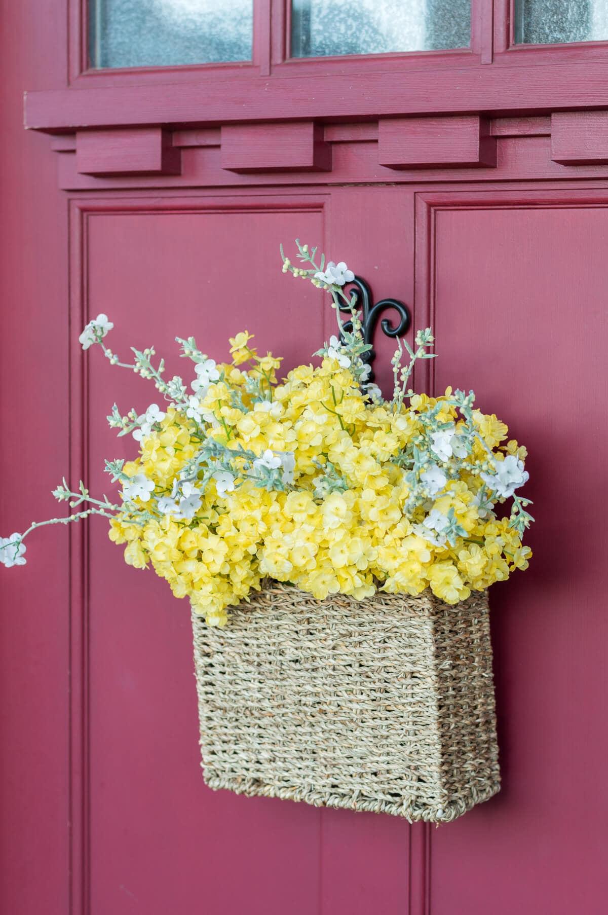 5 Minute Diy Spring Flower Door Basket Video The Home I Create