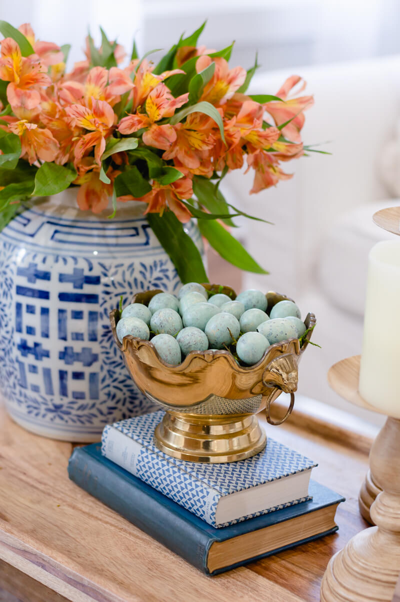 Spring Living Room Refresh | Blue and White ginger jar | The Home I Create