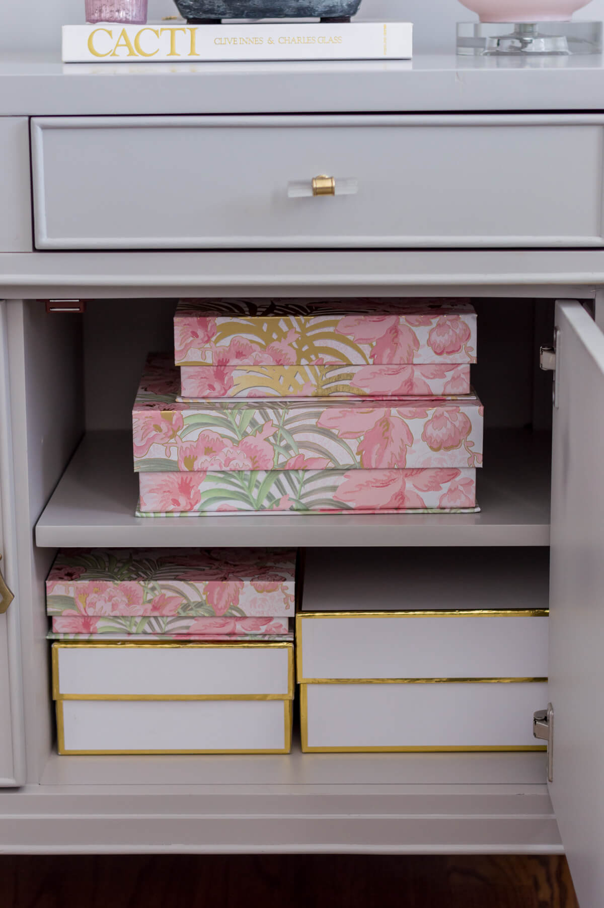 Chic and girly home office organization