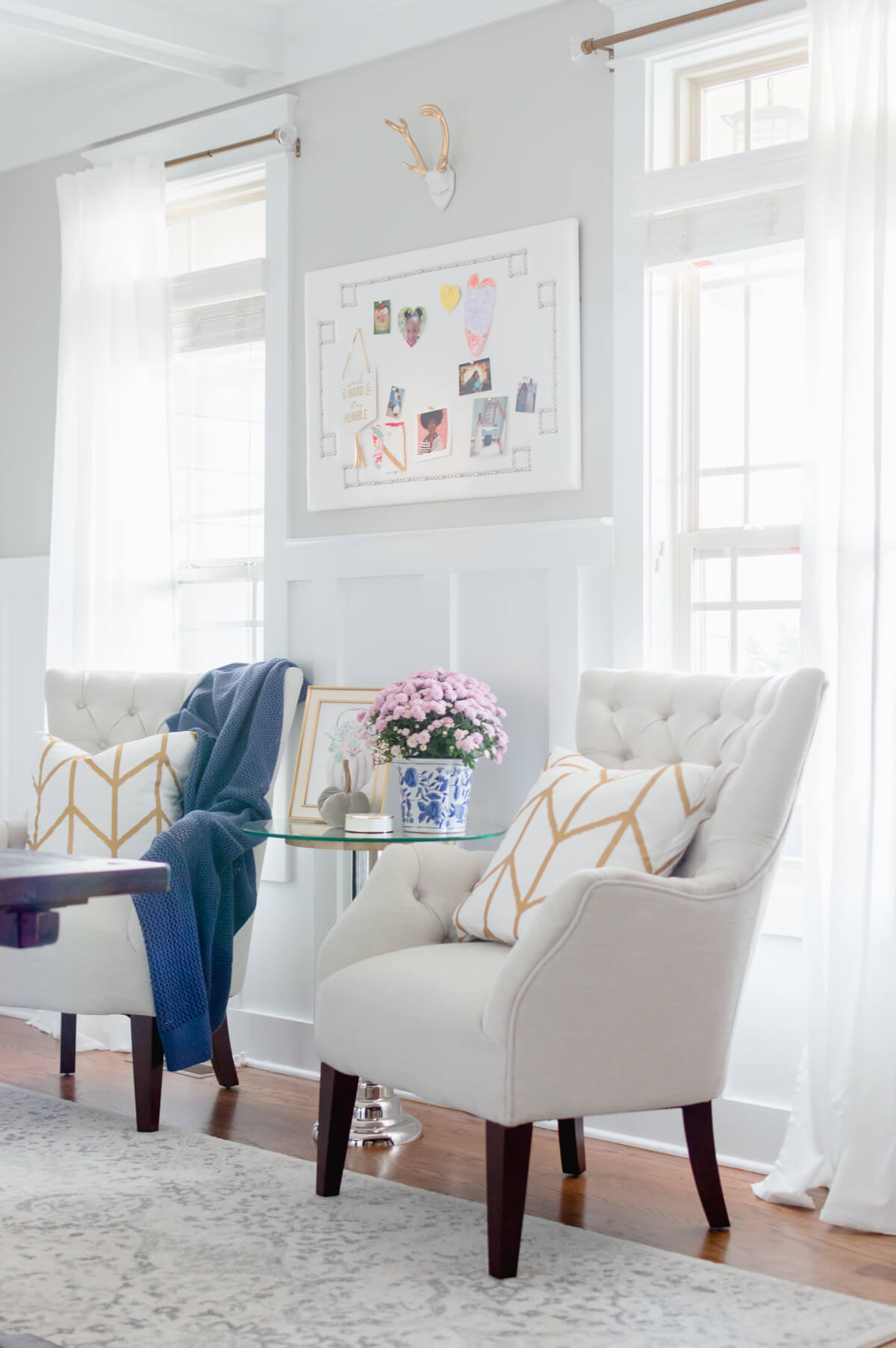 neutral tufted armchair | the home i create