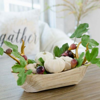 October Vignettes – Simple Pumpkin Centerpiece