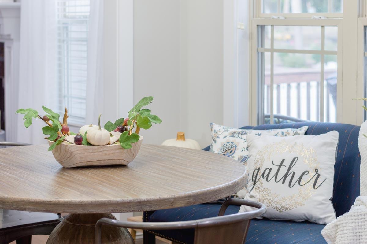 pumpkin farmhouse table centerpiece | the home i create