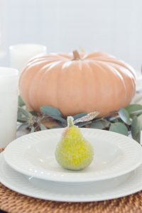 Thanksgiving Table Decor | thehomeicreate.com