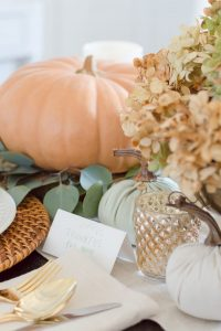 Thanksgiving Table Decor Details | thehomeicreate.com
