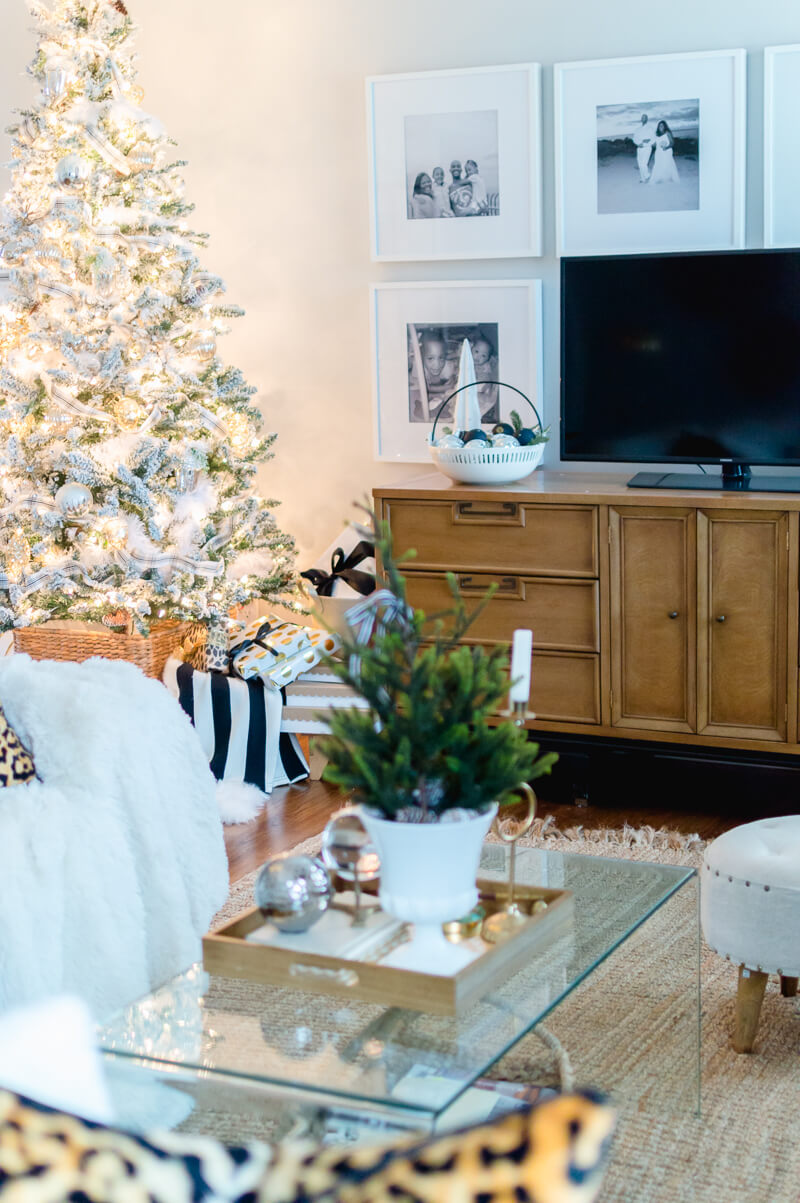 Eclectic Christmas Living Room Decor
