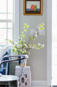 Clipped Spring branches one of 3 simple spring decor ideas. thehomeicreate.com