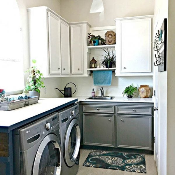 Laundry-Room-Mudroom-White-Grey-Ideas-7