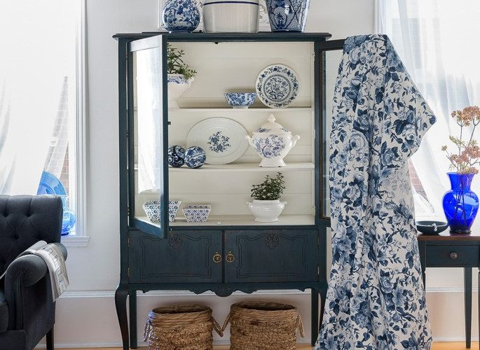 Blue cabinet makeover orphanswithmakeup