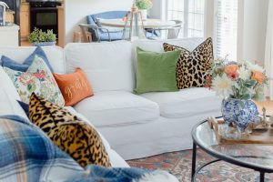 White sectional pillow mix