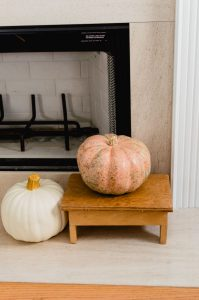 simple fall fireplace Pumpkins