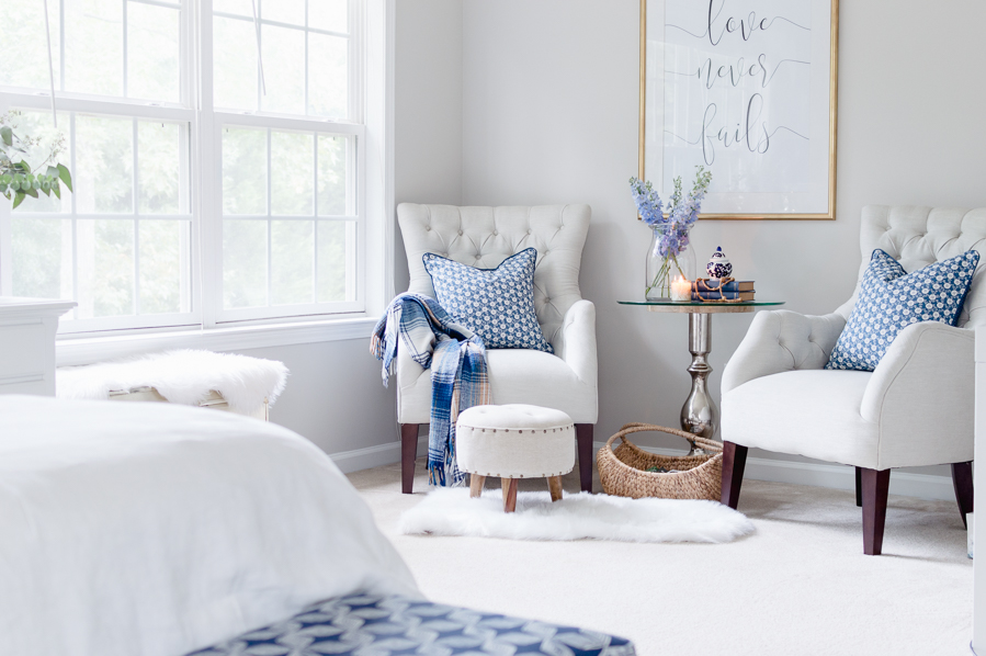 5 Easy Tips For A Cozy Master Bedroom Sitting Area - The ...