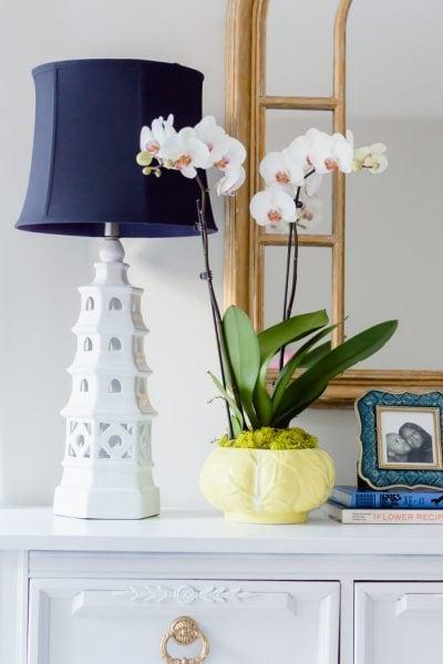 White Pagoda Lamp