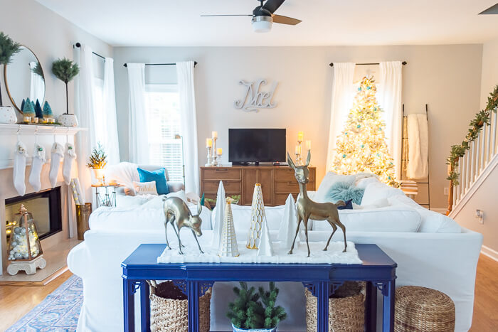 Blue Christmas Family Room Decor