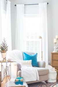 Cozy seating nook with cozy throw