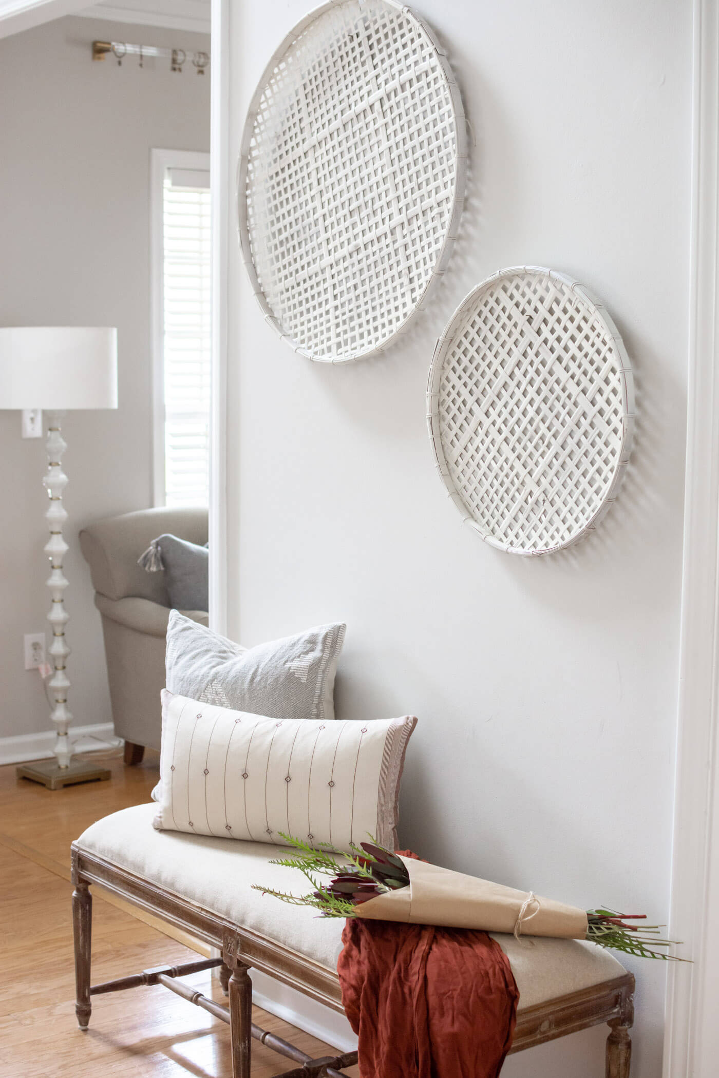 Painted Wall Baskets - thehomeicreate.com