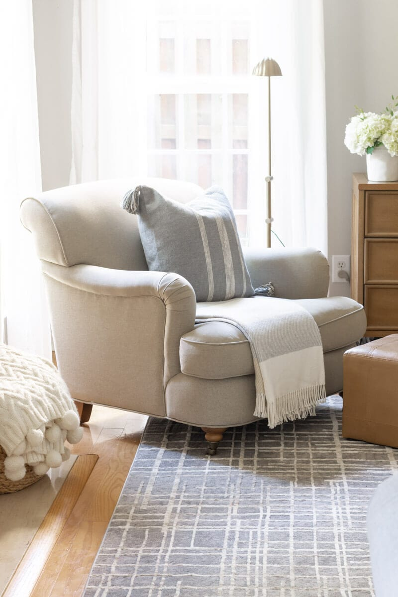 neutral-family-room-armchair