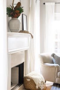 simple-and-neutral-family-room-fireplace-details